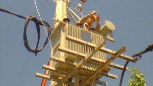 Por trabajos, habrá cortes de luz en algunos barrios de la Capital