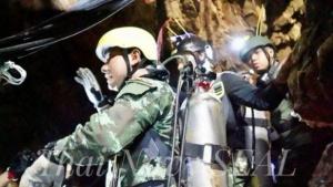 Murió un socorrista en la cueva de Tailandia tras asistir a los niños